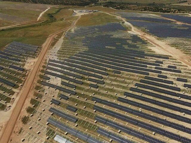 La planta fotovoltaica Núñez de Balboa, en Extremadura, es la más grande de Europa