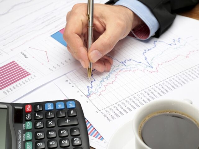 Los créditos a empresas bajan un 46% en los últimos 10 años