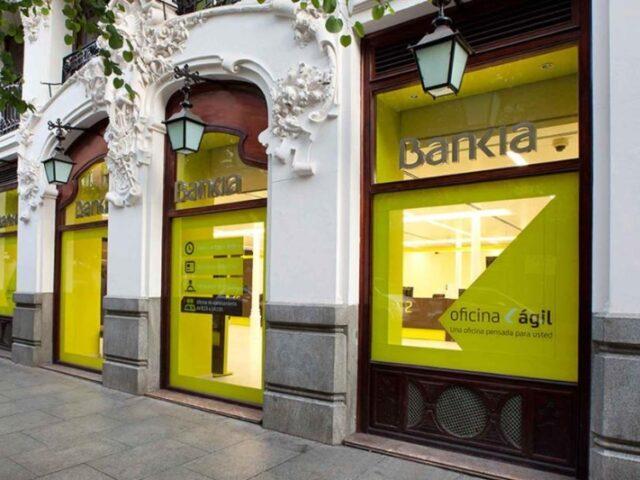 Bankia supera los 14.100 millones en comercio exterior durante 2019
