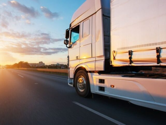 El auge del ecommerce impulsará un las ventas de camiones en 2020