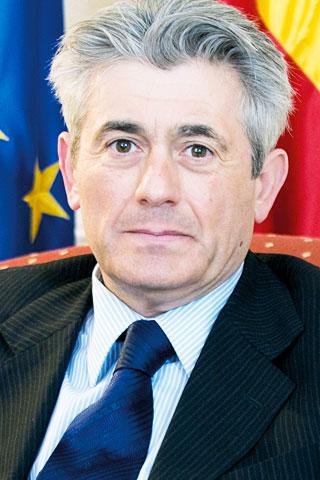 Valentín Pich, Presidente de Consejo General de Economistas.