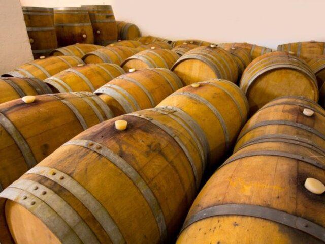 La exportación de vino descienden un 7% en el primer semestre