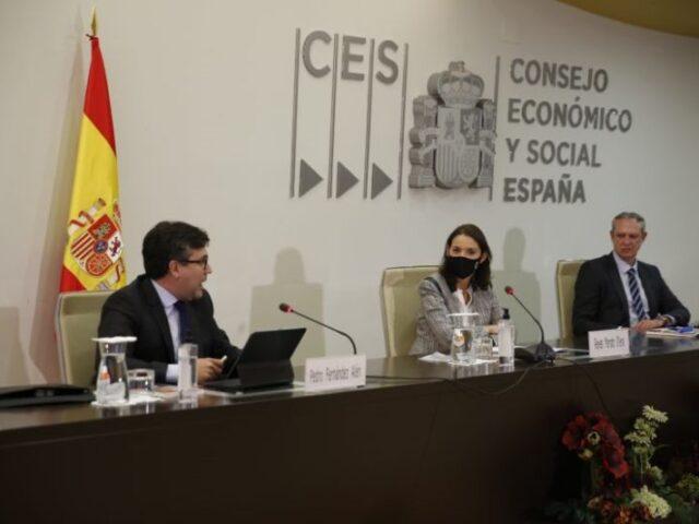 El CES urge a alcanzar una Ley de Industria