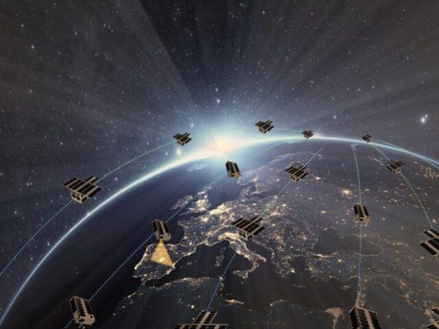21 empresas españolas se unen para impulsar una constelación de 30 satélites