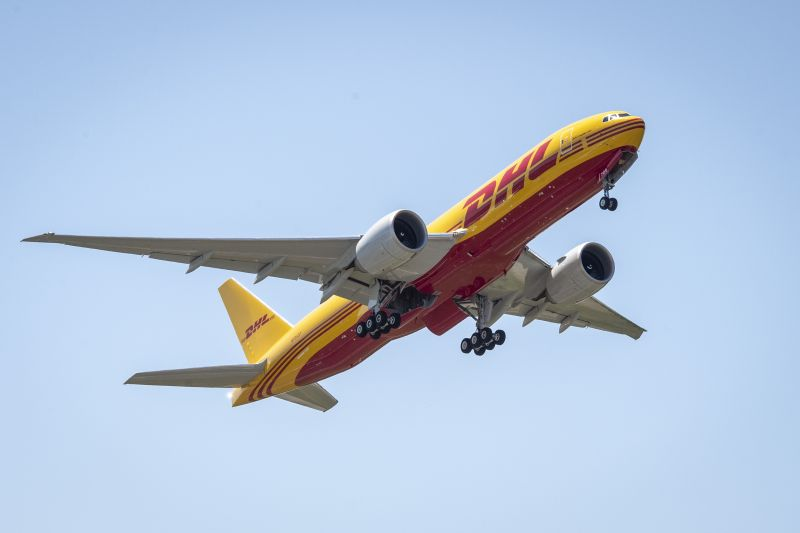dhl-express-fortalece-su-red