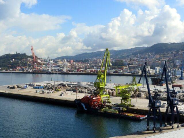 Los puertos españoles movieron 515,7 millones de toneladas en 2020