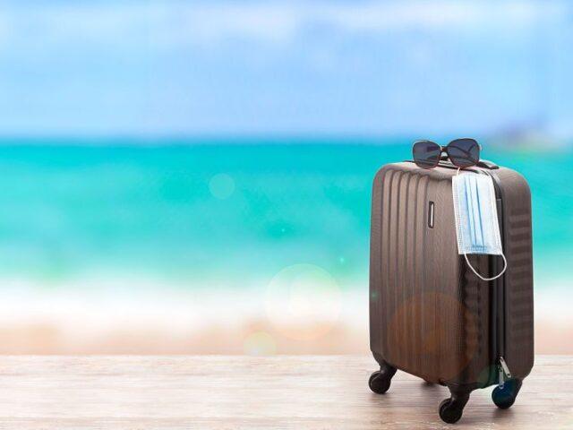 La aportación del turismo al PIB español cae 6,9 puntos en 2020