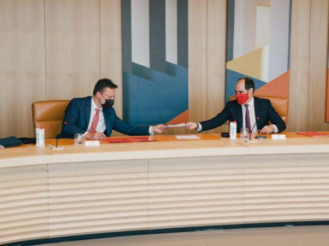 Santander muestra su compromiso con las empresas del corredor España-Reino Unido